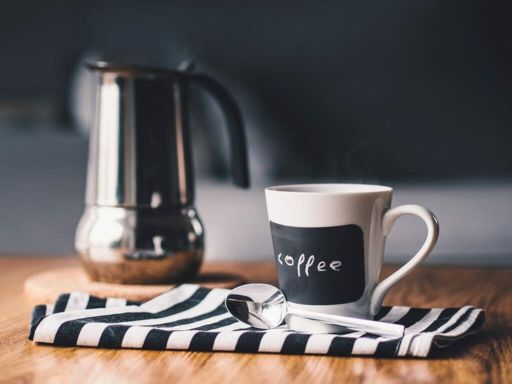 cafetière Expresso et une Nespresso