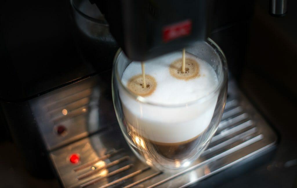 Cafetière électrique programmable